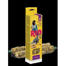 Рио,палочки для средних попугаев с медом и орехами,40 гр.